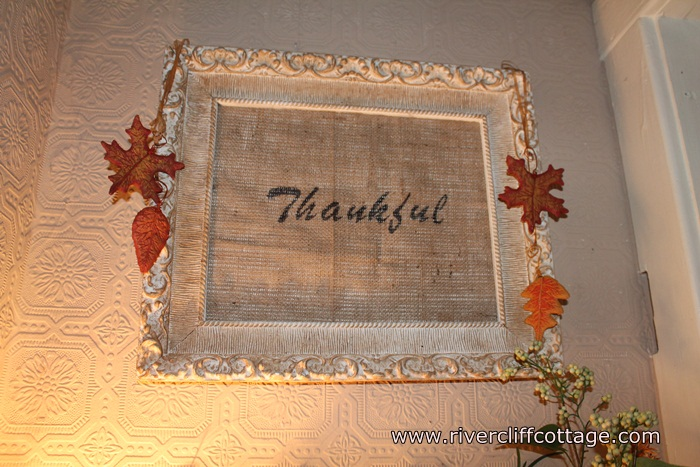 Sparrow's Nest Thankful Picture