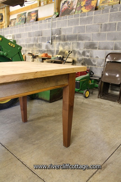 Chestnut Table Legs