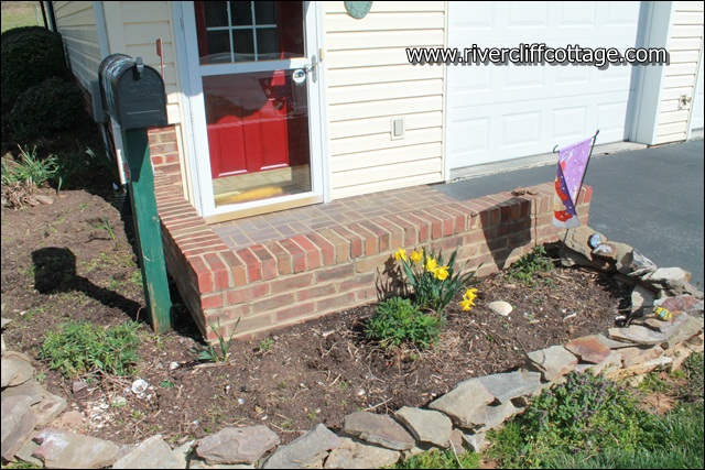 Weeded Guest House
