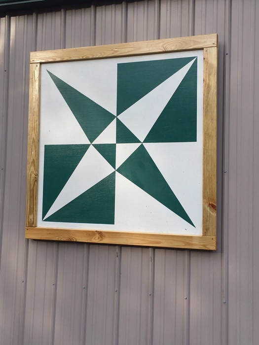 Kayak Barn Quilt Square